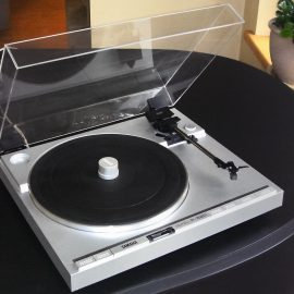 Custom Made Dust Cover for Yamaha Turntable