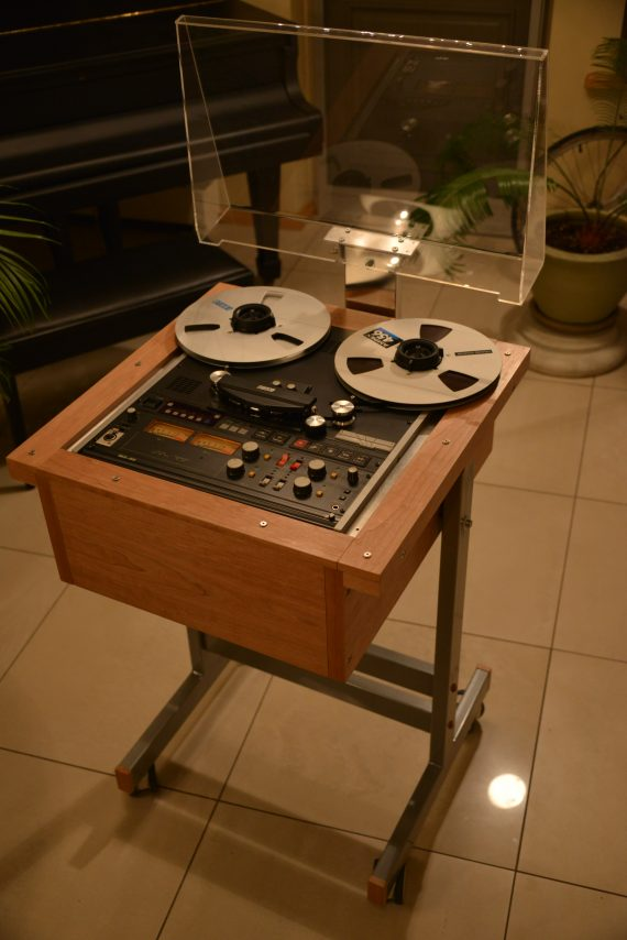 Custom Made Stand with Design Cabinet Stand for Otari